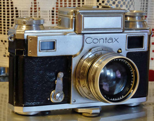 0504contax1