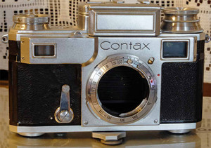 0504contax2